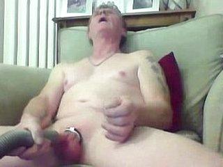 Sissy grandpa fills a difficulty unnoticed vacuum