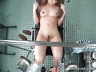 Pulchritudinous asian gets pussy licked by horny doctor