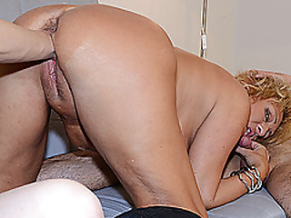 busty chubby mom threesome fist fucked